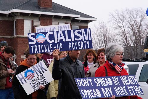 Tea Party skylt socialism