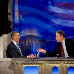 "Video: Obama i John Stewarts The Daily Show: ""Please baby one more chance""."