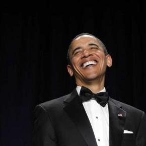 Obama ger tillbaka med skratt (men borde vara skitförbannad).