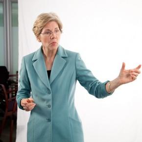 Elizabeth Warren är de liberalas idol i USA.